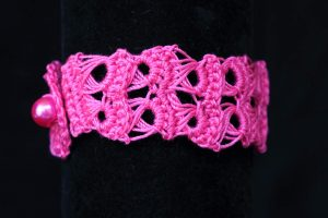 Csipke karkötő pink - F8313