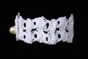 Csipke karkötő fehér - F7901